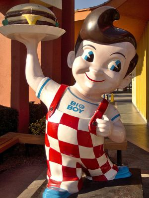 bobs_big_boy_statue_burbank_2013